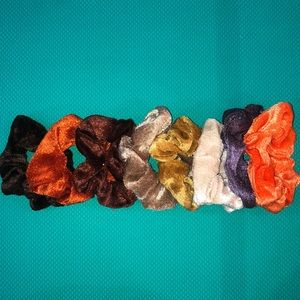 New browns scrunchie bundle. 8 in set.